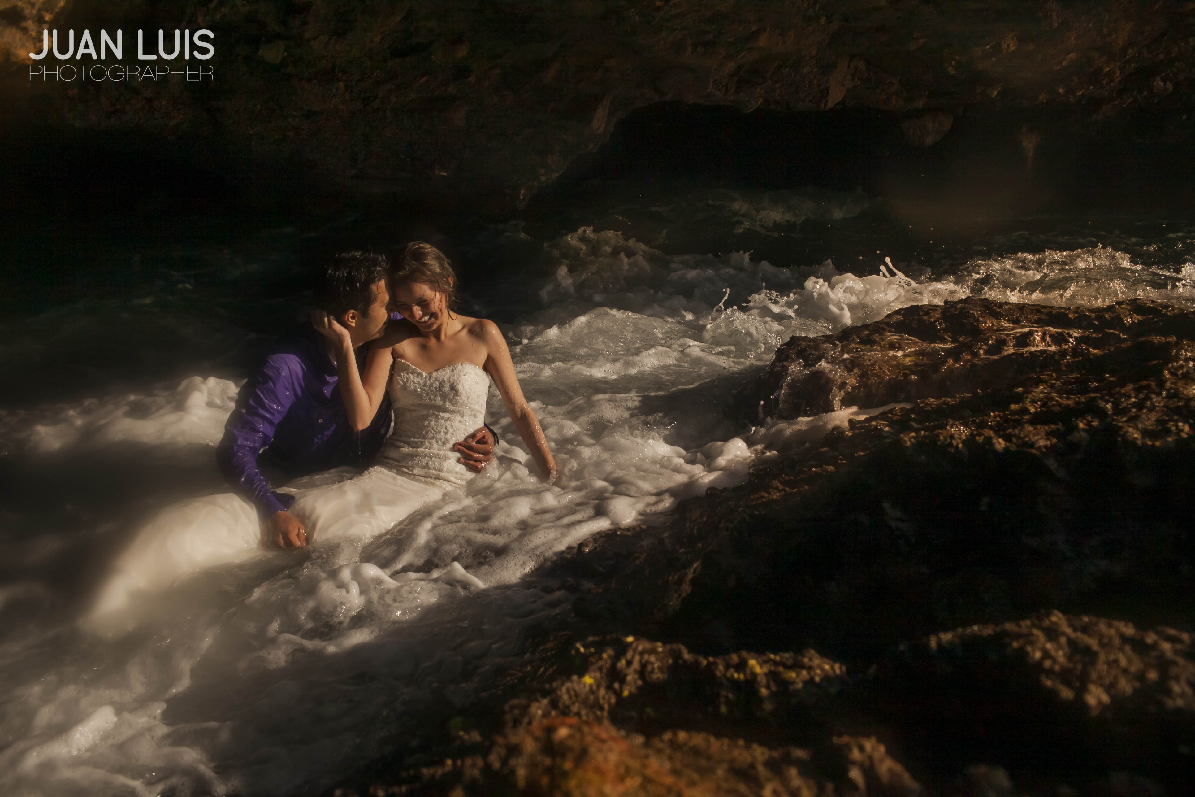 Islas Marietas | Trash the Dress | Omar + Faby