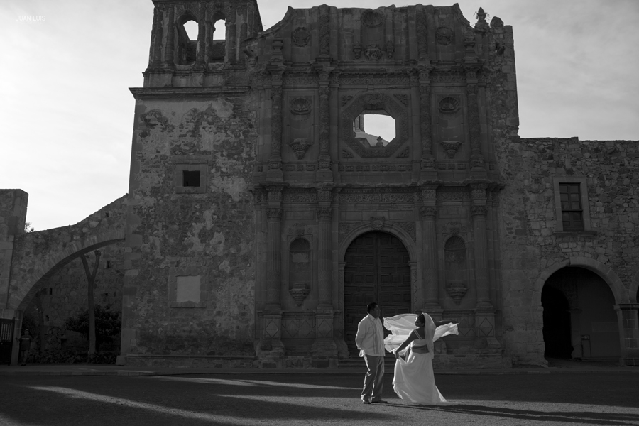 Hotel Quinta Real Zacatecas | Trash The Dress | Gisela + Ernesto