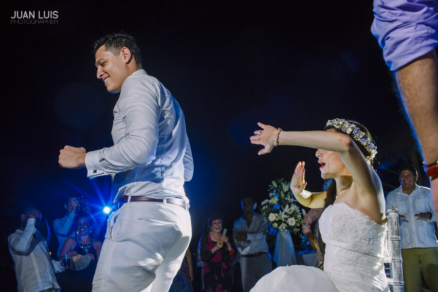 Puerto-Vallarta_wedding-Photographer-fotografo-Bodas-caro-miguel