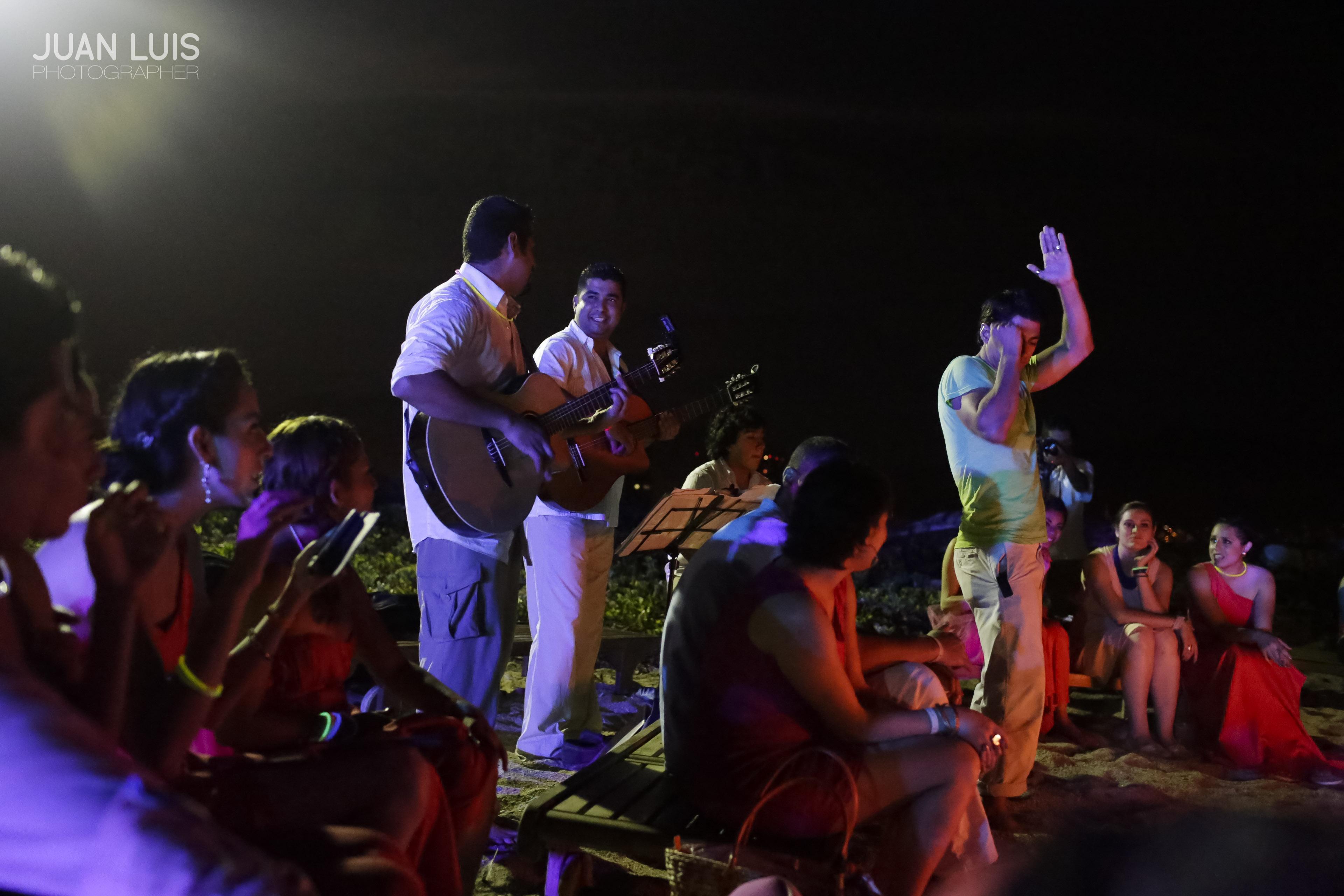 Club Regina, Puerto Vallarta, Boda : Omar + Faby
